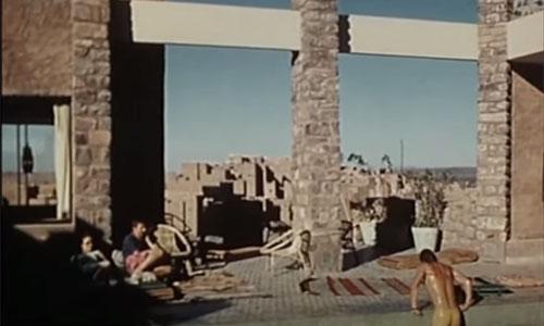 Le Club Med de Ouarzazate avec la casbah de Taourirte en fonds
