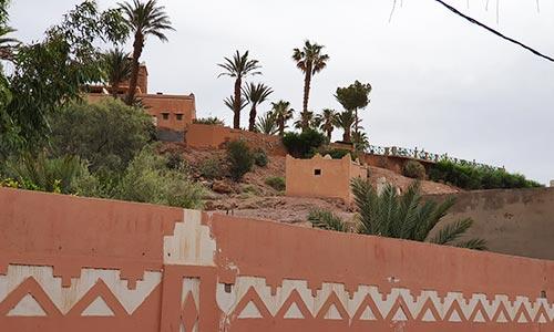 Autre vue de l'ancien mausolée de Sidi Abderrahman Ben El-Hadj visible depuis l'avenue Mohammed V