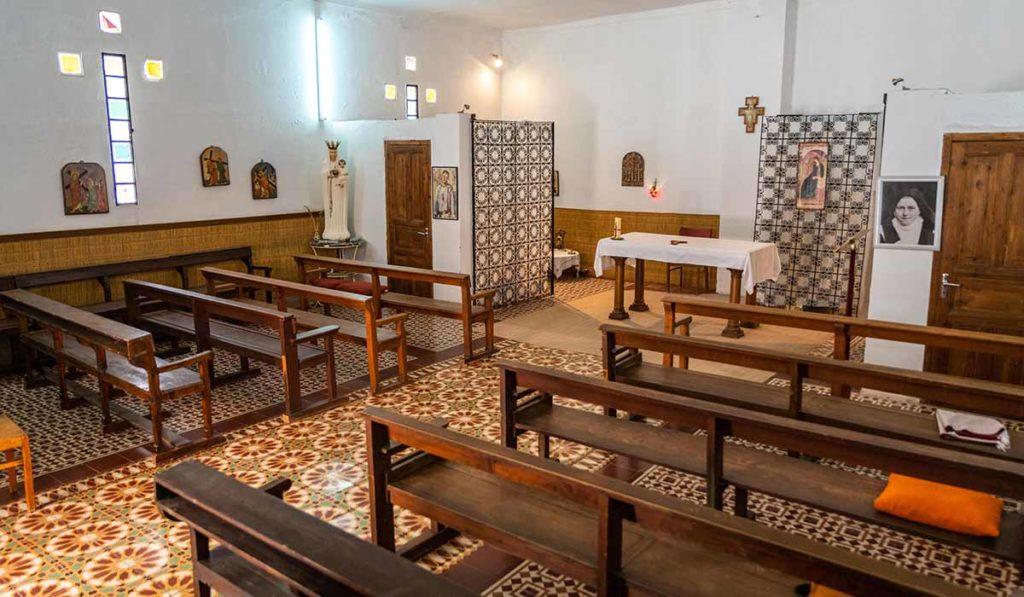 L'intèrieur de l'église Ste Thérèse de Ouarzazate