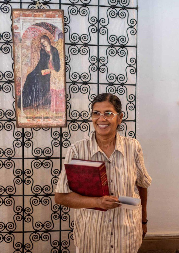 Soeur Angela à l'église Ste Thérèse d'Ouarzazate
