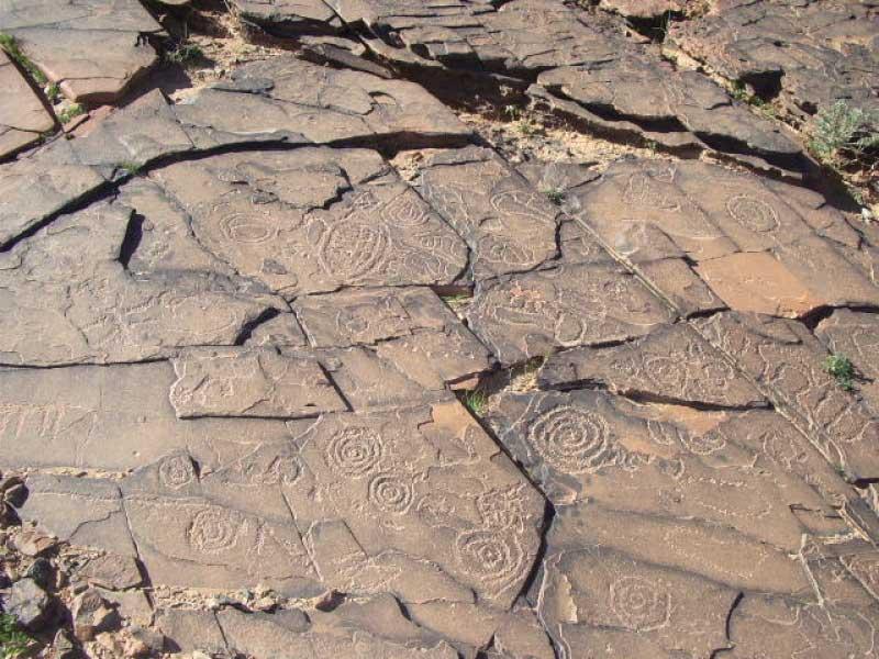 Gravure rupestre du site d'Imaoun dans la vallée d'Akka