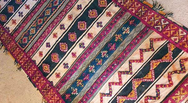Dar Arbalou - tapis berbère de la région d'Ouarzazate