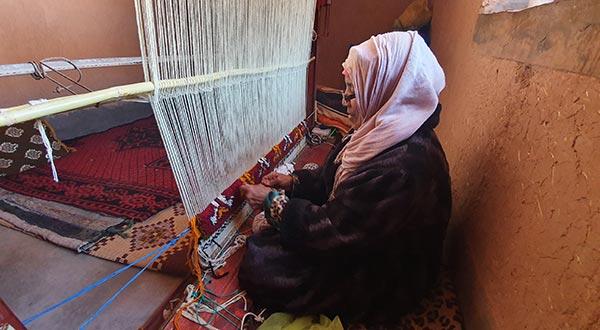Dar Arbalou - Tapis berbère type Glaoui en fabrication
