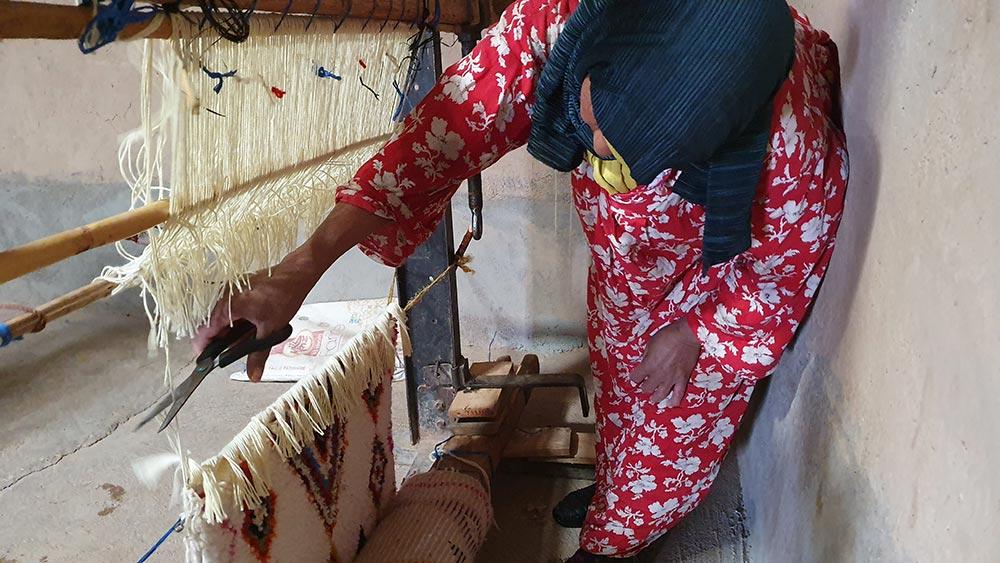 La coupe du tapis berbère